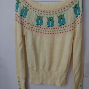 Lux Owl sweater size M